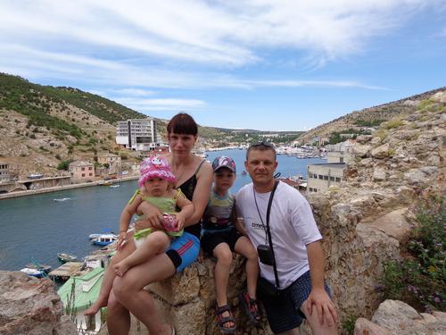 Е. Вергус с семьей